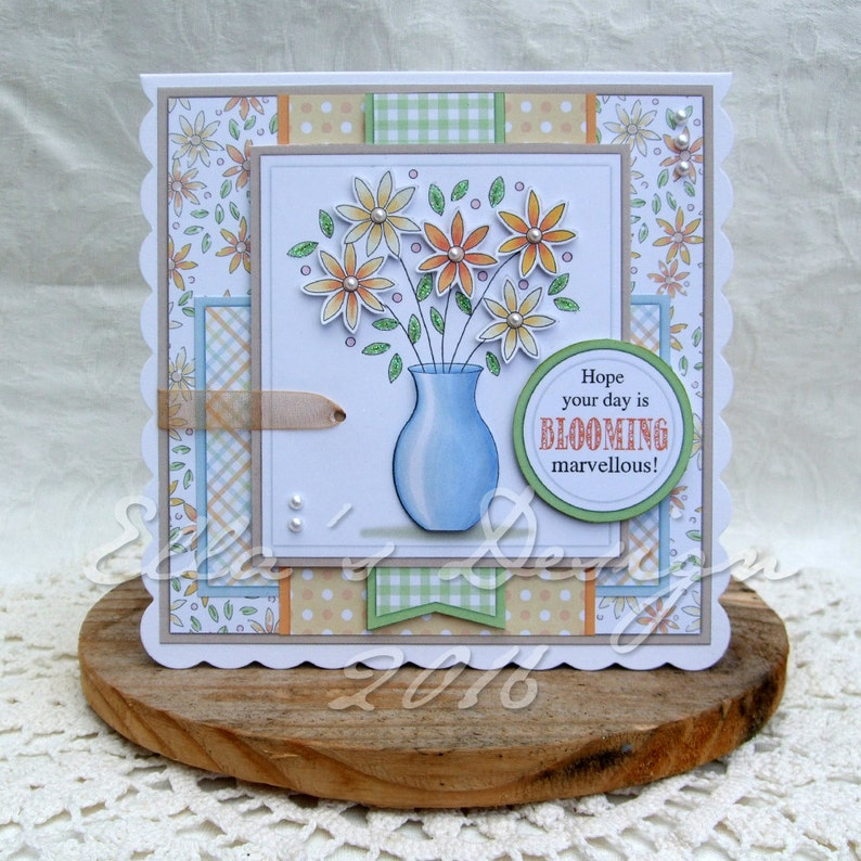 Flower vase predesigned card kit image 0