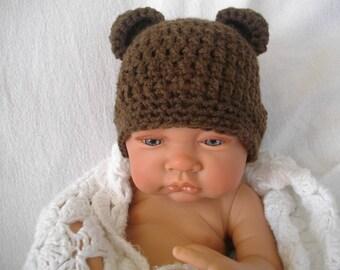 bonnet bébé garçon au crochet fait main ourson coloris marron , ceremonie  mariage fête bonnet hivers, garçon ou fille 9da315c73af