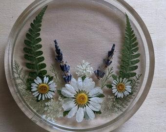 Pressed flower coasters, Daisy coasters, resin coasters, lavender coaster, trinket dish, dried flower trinket dish