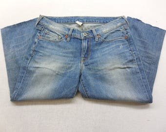 Womens Lucky Brand Distressed Medium Wash Denim Cut off Capri's Size 6 / 28