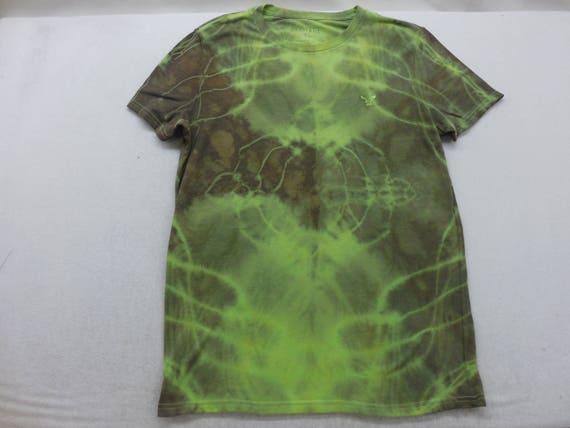 Mens Green Tie Dyed Short Sleeve Shirt T Shirt Size Medium