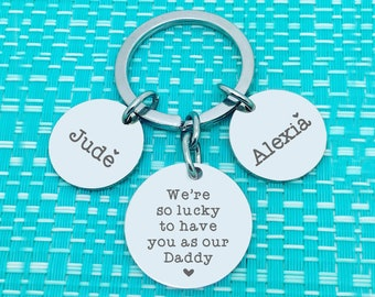 PERSONALISED FATHERS DAY GIFT DADWOODEN KEYRING DADDY DAD BIRTHDAY GIFT GRANDPA
