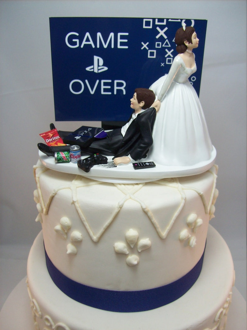 Funny Wedding Cake Toppers You Definitely Must See