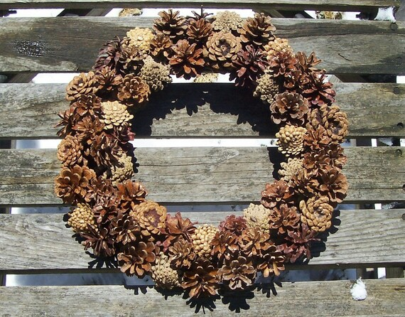 Natural Pine Cone Wreath Round Cones Alternating Upside Etsy