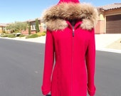 M (fits 8-10) RACCOON FUR ruff on red wool hooded insulated jacket, by Mackintosh, raccoon fur coat are in incredible vintage condition