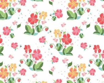 Strawberry Honey Main White Fabric Yardage, Gracey Larson, Riley Blake Designs, Cotton Quilt Fabric, Floral Fabric