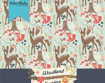 Woodland Springs Fat Quarter Bundle, Precut Cotton Quilting Fabric, Floral Fabric, 18 Pieces, Dani Mogstad, Riley Blake.
