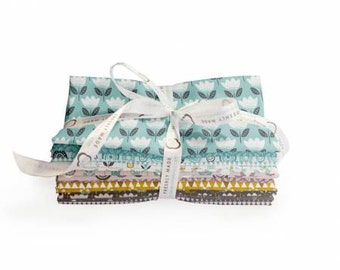 Josephine Fat Quarter Bundle, 18 Pieces, Camelot, Precut Fabric, Quilt Fabric, Cotton Fabric, Floral Fabric