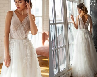 6a3f965edca1 Tulle and lace long wedding gown, delicate fairy wedding dress with pearls,  bohemian style bride, ball sexy gown, V-neck sleeveless gown