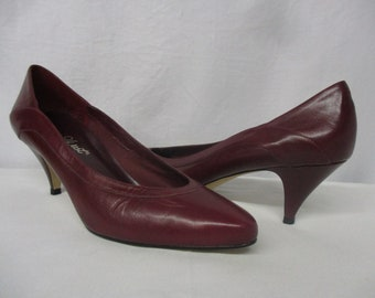 f2444d4864 Vintage 9West Brazil Sara Cranberry Red Leather Pumps Size 9