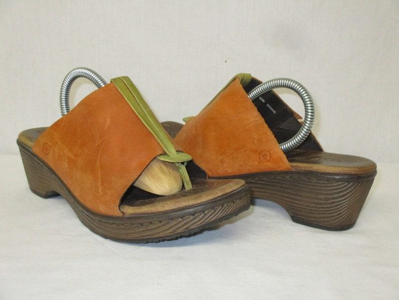 Børn Born ORANGE Leather Wedge Heel Thong Sandals Size 940.5
