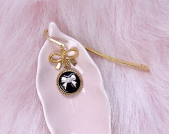 Couture Black Bow Bookmark