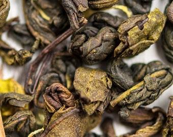 ROASTED VANILLA - Organic Loose Leaf Green Tea, a Sweet Romance