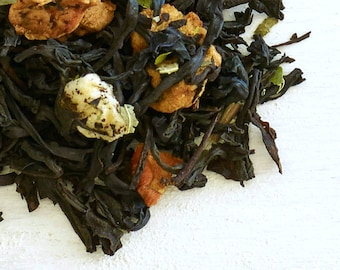 GREEN APPLE Black Tea - Organic Loose Leaf Tea, book lover, Sweetness like a candied apple, fresh and tart with mellow note of apples