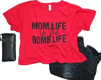 MOM LIFE womens flowy crop shirt