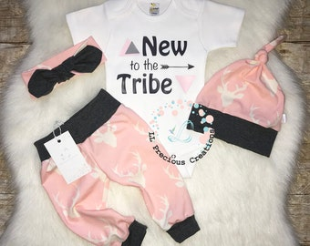 New to the Crew Coming Home Baby Girl Outfit  Newborn Baby Girl Outfit  Deer Outfit Girl Deer Pink  Grey Leggings  Baby Shower Gift