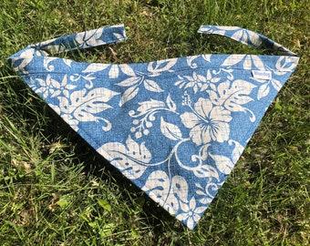 Lahaina Hibiscus print dog bandana