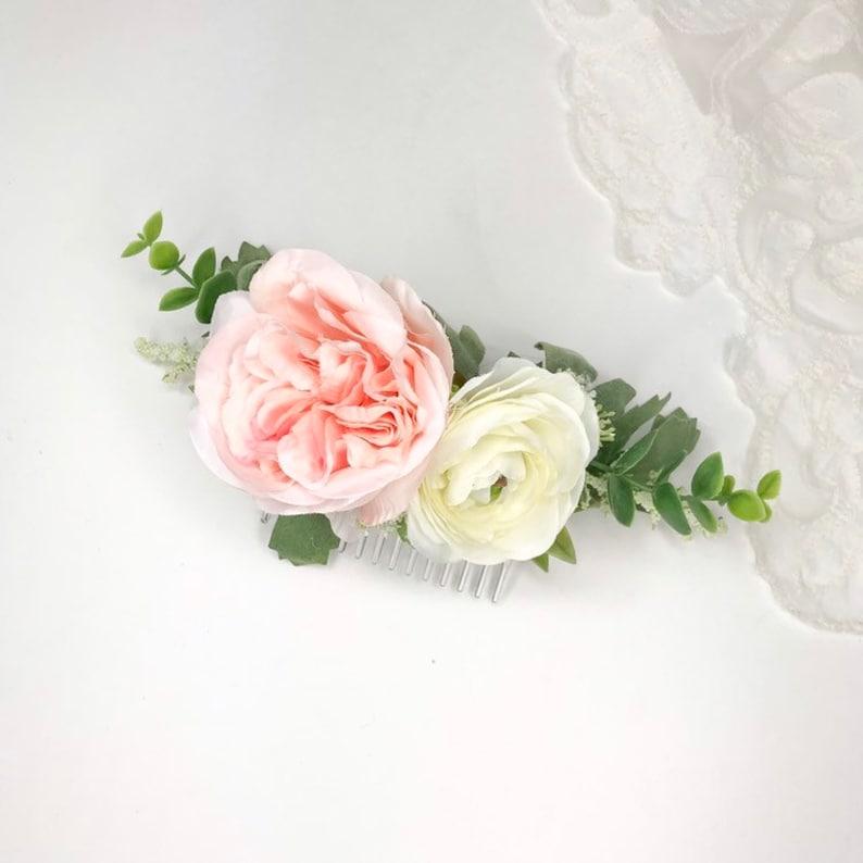 Genial Blush Garden Rose Comb | Pastel Pink Garden Rose, Ivory Ranunculus And  Eucalyptus | Silk Flower Comb