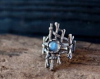 Silver labradorite ring - Bone ring - Witch ring - Voodoo ring - Necromancer ring - Gothic ring - Gemstone ring - Ring for her