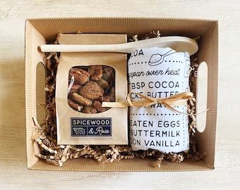 Texas Treats Flour Sack Kitchen Towel and Cinnamon Pecans Gift Basket
