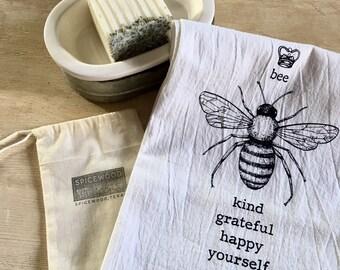Bee Yourself Towel & Bath Bar Set