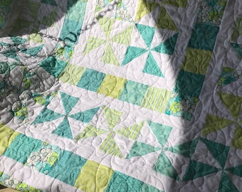 Aqua and lime pin-wheel quilt