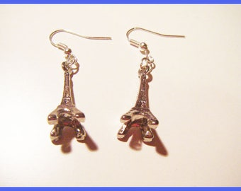 Silver paris eiffel tower earrings