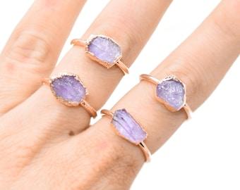 Raw LILAC AMETHYST Ring // crystal ring/ Lilac Amethyst ring / FEBRUARY Birthstone / Amethyst ring / Rare Amethyst / Pastel Amethyst