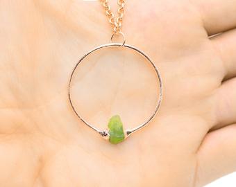 Raw GREEN GARNET Pendant Necklace // rough Green Garnet necklace / Garnet / Green Garnet circle necklace / Green Garnet Copper Necklace /