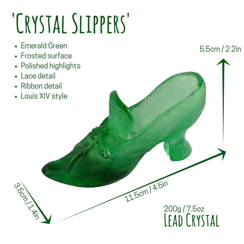 Glass slipper ornament. Lead Fairy crystal in emerald green. Fairy Lead Tale Glass. Glass shoe collectible. Handmade cast glass. 8ad120