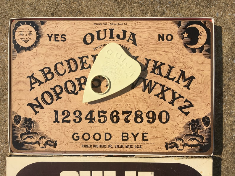 Vintage Ouija Board Game Planchette Box Mystifying Oracle William Fuld  Parker Brothers Psychic Spirit Talking Collectible Salem MA 1970s