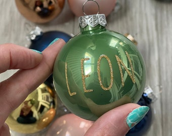 Glass Christmas boulle with sequined first name