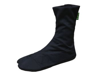 Comfortable tabi boots. Vegan boots with flat sole. Black ninja boots, Black ninja shoes. Jikatabe Japanese shoe, barefoot shoes
