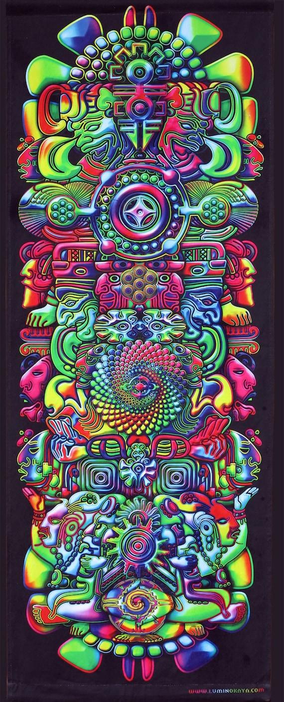 Attaccatura di parete Trippy, Psychedelic arazzo 'Totem arcobaleno'. Stampa digitale trippy parete arte, home decor, arte visionaria, Boho arte, arte