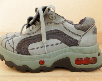 cf7b6a92a295 Vintage 90 s Rare Graceland Platform Sneakers EU 41 US 10