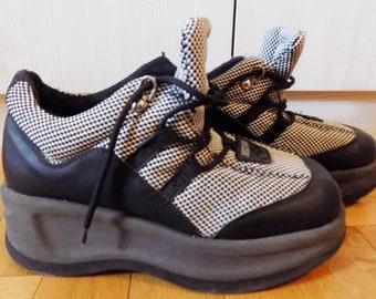 9b67c6b20b8 Vintage 90 s Rave Techno Platforms Sneakers EU 38 US 7