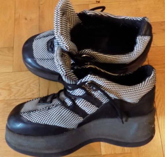 Vintage 90's Rave Techno Platforms Sneakers EU 38