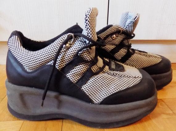 Rave Techno Platforms Sneakers EU 38