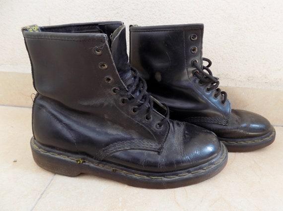Vintage Dr. Martens Boots/Dr. Martens Shoes/Punk D