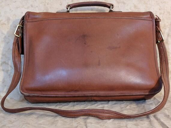 Vintage COACH Brown Distressed Leather Messenger Shoulder  d1e83f0332778