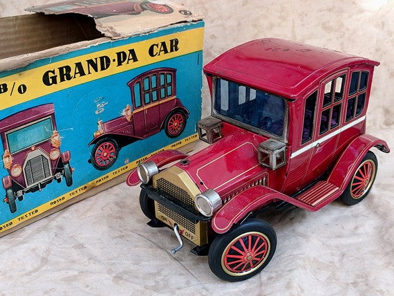 1960 S Vintage Battery Operated Pressed Antique Tin Toy Grandpa Car By Rosko Trademark Toys Made In Japan Original Box Grand Pa Model T Ford