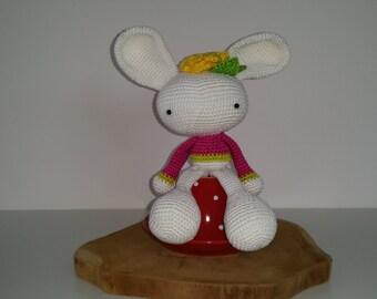 Spring bunny amigurumi