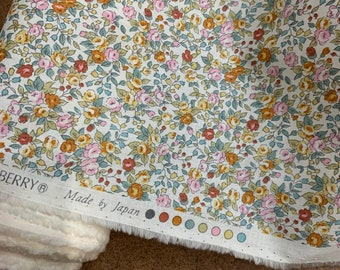 Washable cotton fabric, floral print fabric, fabric for facemasks, Cotton Shirting, Robert Kaufman print fabric