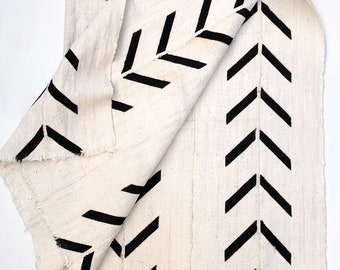 Mud Cloth fabric, Black and white print mud cloth, African mudcloth, Giant Arrow Print