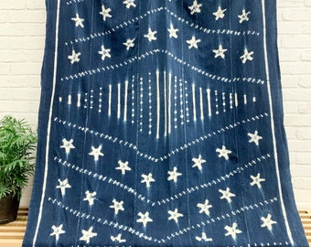 Mudcloth indigo with Shibori stars and stripes, large African Mud Cloth throw, Wall decor