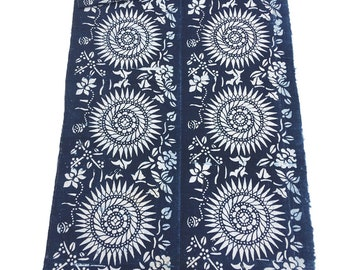 Batik Fabric, Blue and White Vintage Chinese Indigo Bedcover, Global Decor Textile, Chinoiserie style