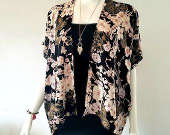 Soft and light kimono - Black and gold