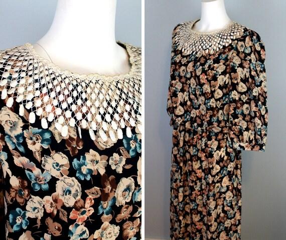 80s Vintage Dress Lace Collar Dress Black American Gothic Floral Dresses Elastic Waist Flowy Skirt Lace Overlay Long Sleeve Secretary Dress