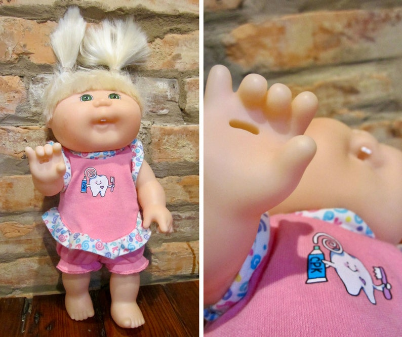 cb01b266ac3 Vintage Cabbage Patch Doll Brushin  Teeth Baby 90s Mattel Toy Blonde Hair  Gr... Vintage Cabbage Patch Doll Brushin  Teeth Baby 90s Mattel Toy Blonde  Hair ...