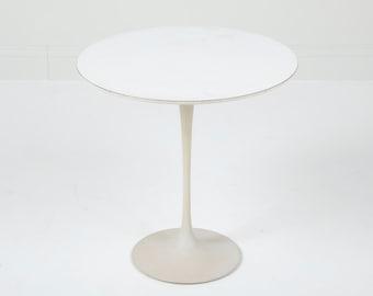Vintage Knoll Saarinen Side Table